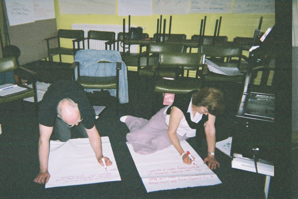 June 2005: Dave Lowe (The Studio) and Carol Thornton (Voluntary Action North Lincolnshire) working on their final presentations