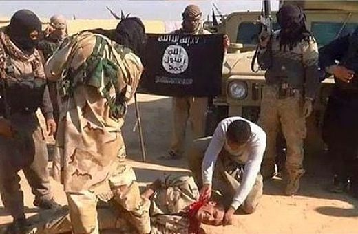 ISIS beheading of captured Iraqi soldier