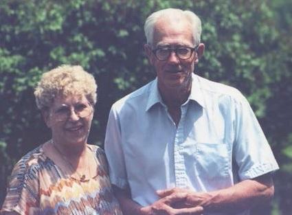 Laubscher and Graves at his farm (Courtesy Loraine Laubscher)